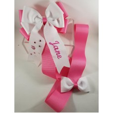 Embroidered Bow Holder